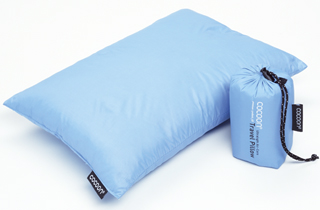 Travel Pillow with hydrophobic down fill