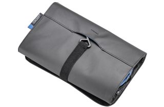 Hanging Toiletry Kit Minimalist