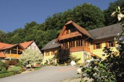 Edelsteingästehaus Weingut Schnabl