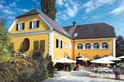 Weingut Brolli - Arkadenhof